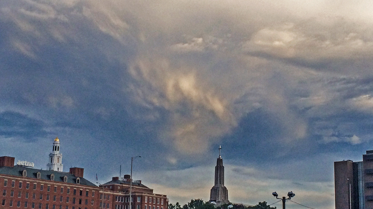 clouds hartford